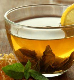 Manfaat minum madu pagi hari